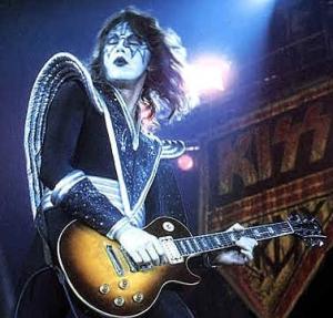 Ace+Frehley1976